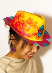 Hat-3232
